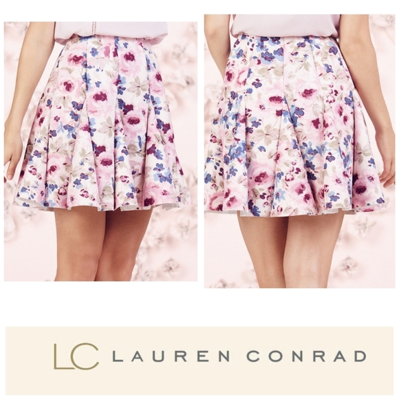 LC Lauren Conrad Dresses & Skirts - Lauren Conrad Runway collection floral scuba skirt